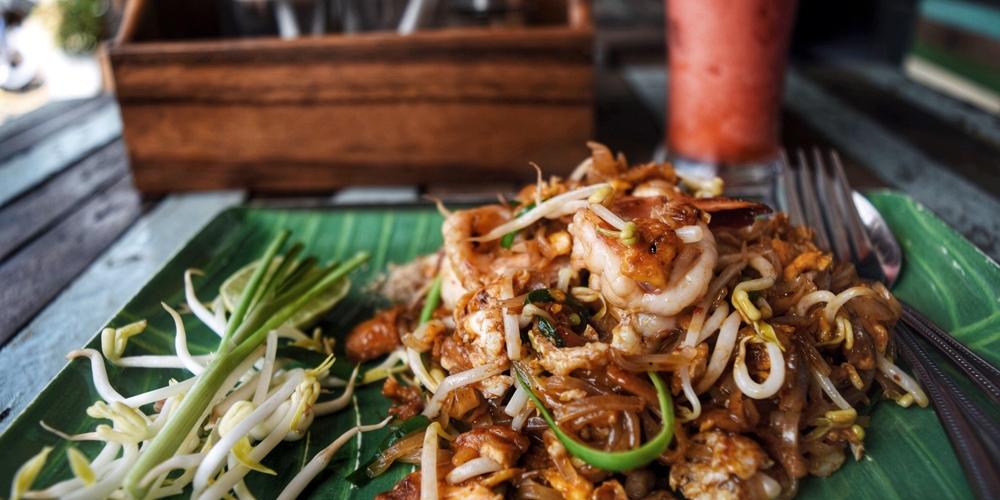 Phad thai in ko lanta